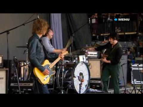 Glastonbury 2008 Live video The Raconteurs Broken Boy Soldier