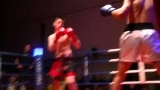 Besim Carlos Boxkampf in Witten 11.02.2012 1 Runde