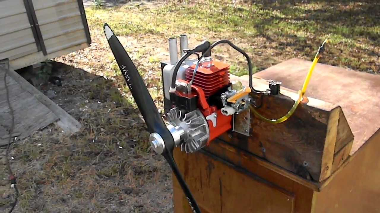 Homelite 25CC air boat engine Wayne - YouTube