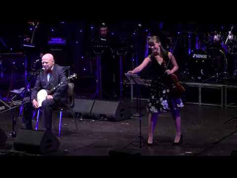Ivan Mládek + Sára Schumová + PIRATE SWING Band - Do hlavy ne (live)