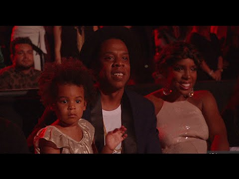 TOO CUTE!!! Blue Ivy Dances with Jay Z During BEYONCE MTV VMAS Awards Performance 2014!!