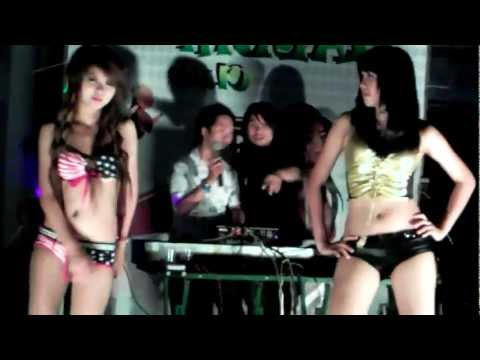 Lien Khuc Pham Truong Dance video