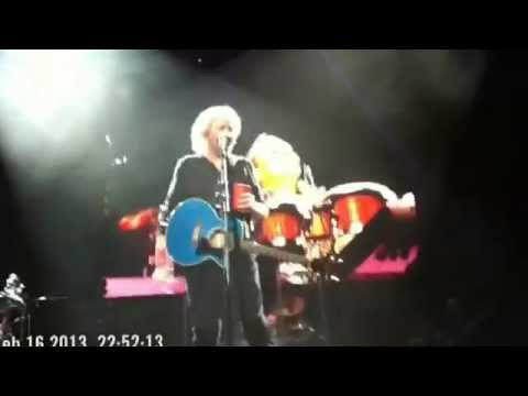 Barry Gibb Tribute to his brothers Immortality 16/02/2013 Brisbane Australia
