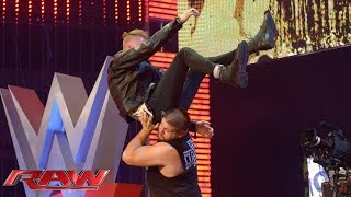 "Download Lagu Machine Gun Kelly performs ""A Little More"": Raw, June 15, 2015 Gratis STAFABAND"
