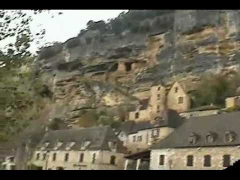 Video tour of Lascaux, France, the home to some amazing prehistoric caves, a UNESCO site