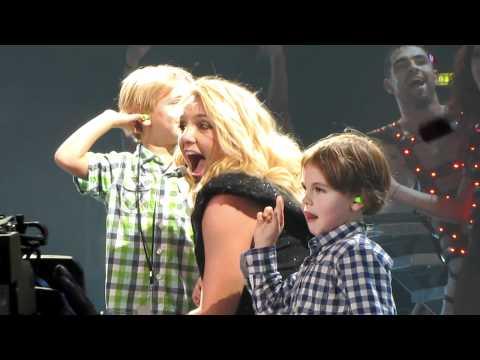 Britney Spears - Zagreb Concert with Sean Preston & Jayden James [Femme Fatale Tour]