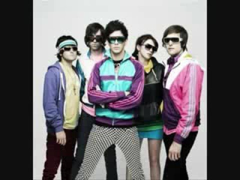 Cobra Starship: I Kissed A Boy :D (With Lyrics!)