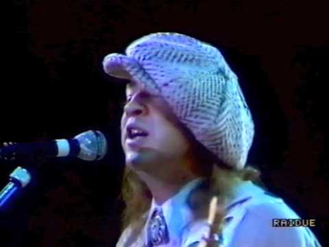 Stevie Ray Vaughan And Double Trouble - Lookin Out The Window