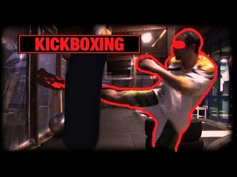 KICKBOXING - Heavy Bag Training / Allenamento al Sacco Pesante Image 1