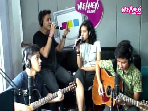 download lagu HiVi! - Siapkah Kau 'Tuk Jatuh Cinta Lagi gratis