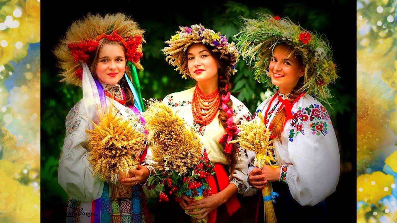 Фото українок у вінку 3 фотография