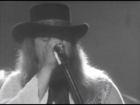 Lynyrd Skynyrd - Full Concert - 07/13/77 - Convention Hall (OFFICIAL)