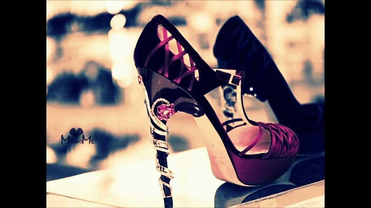 Рвут на высоких каблуках 1 фотография