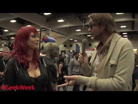 Honey Badger's Randall: Sdcc '13 W vigilante Diaries-kristen Deluca-tera Patrick video