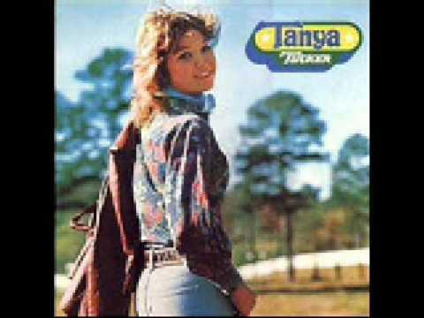 Tanya Tucker - San Antonio Stroll