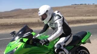 Kawasaki ZX14R Test