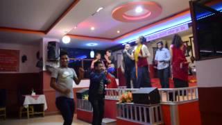 Live Dohari New Nepali Lok Dohori Song 2016    Fulyo Bamari - Priti Ale Magar & Kumar Pun