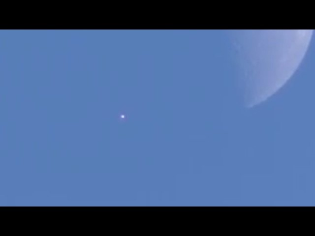 UFO Sighting with Orb Near Moon in Los Angeles - FindingUFO