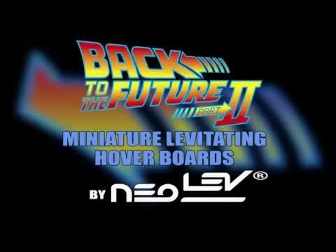 """Back To The Future™ Part II 1:8 Scale Hoverboard W/8"""" Half Pipe Base"""