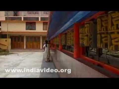 Do Drul Chorten Buddhist Stupa Gangtok India