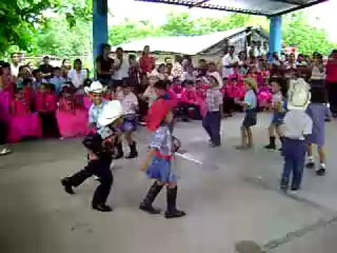bailando duranguense kids