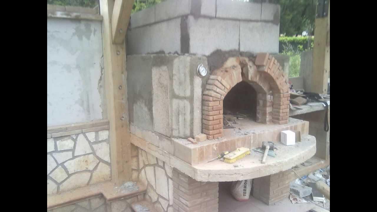 Costruzione forno a legna e barbecue youtube - Barbecue e forno a legna da giardino ...