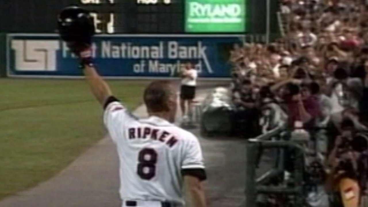 CAL@BAL: Ripken homers on historic night