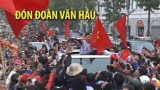 Biển người khiến Đoàn Văn Hậu U23 Việt Nam hết đường về nhà