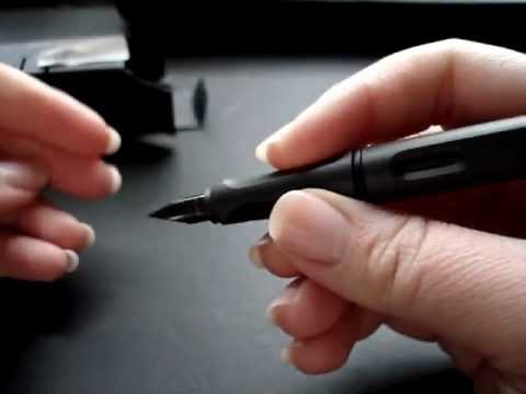 Official Unboxing of Matte Charcoal Lamy Safari Extra Fine Nib in Black
