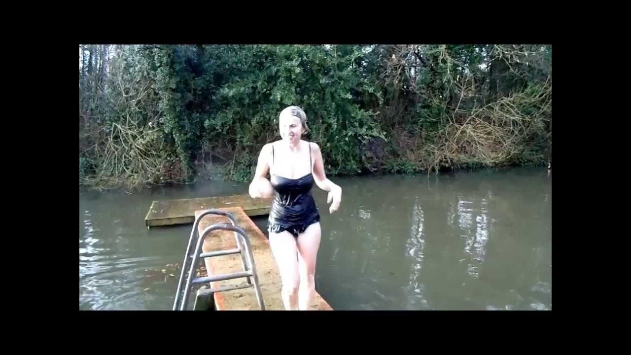 Hampstead Heath Ponds Winter Swimming London Youtube