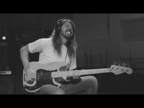 Dave Grohl - PLAY [Bass in Master Version]