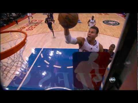 Griffin goes from finger roll to dunk in mid-air!