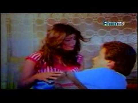 Amita Nangia Kissing Scence-Purani Haveli Video