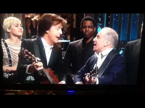 Paul McCartney and Paul Simon sing on SNL's 40th anniversary
