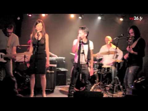 Shemale  Lez' Arts Café video