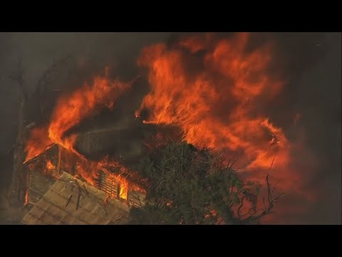 Raw: Oregon, Washington Fires Force Evacuations