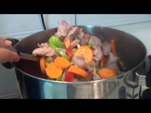 בשר גולש עם ירקות שורש, מאיר ממן מבשל - ראו...