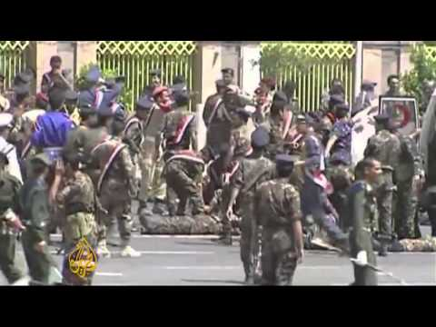 Dozens dead in twin al-Qaeda attacks in Yemen