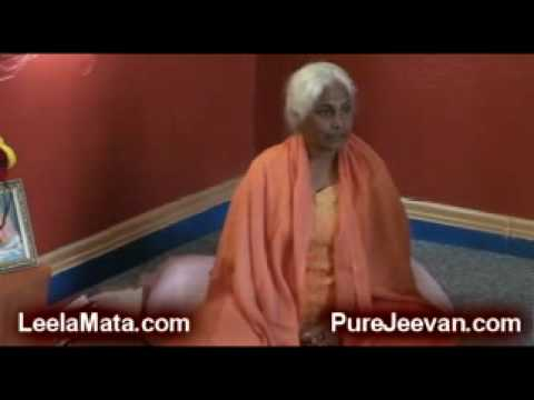 Pure Jeevan Visits Peaceful Valley Ashram, Video 4: Yoga and Raw Foods Video