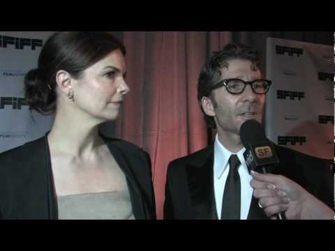 Beth Spotswood interviews Jeanne Tripplehorn and Leland Orser Video