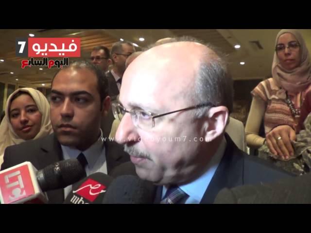 بالفيديو..وزير الصحة: منع الاستخدام العشوائى للمضادات الحيوية يقلل من انتشار العدوى بالمستشفيات
