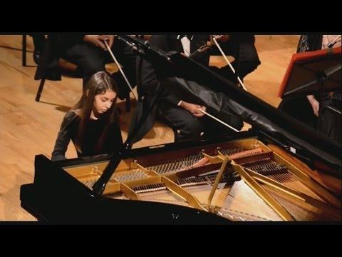 La niña mexicana Daniela Liebman se ha convertido en pianista profesional a los 11 años -- Al Punto
