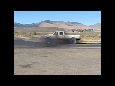 FORD F-350 7.3L IDI TURBO BURNOUTS!
