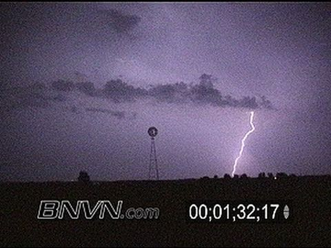 9/10/2000 Vivid Lightning video at night in Minnesota