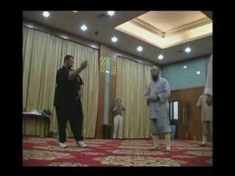 Shaolin Monk sparring Wing Chun Sifu Image 1