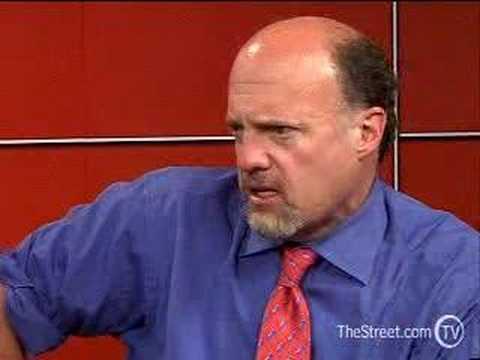 Jim Cramer Says Yahoo!'s a Buy When Yang's Yanked