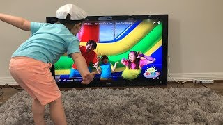 "Jax & Sparky love Ryan's ToysReview ""Body Parts"" song!"