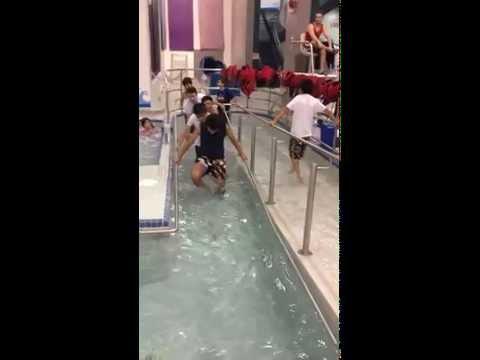 Hot Tub y piscina en Strathmore