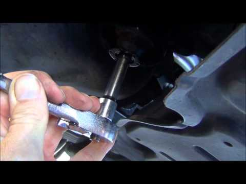 How to Change the Oil on a 2010 Toyota Camry - entire process shown in HD