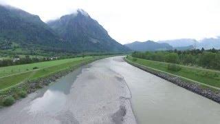 Luftaufnahme Rhein Wartau, Schweiz/Liechtenstein